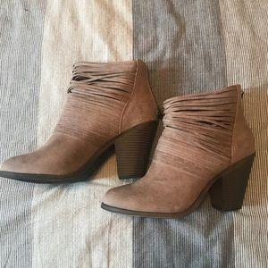 Fergalicious booties!